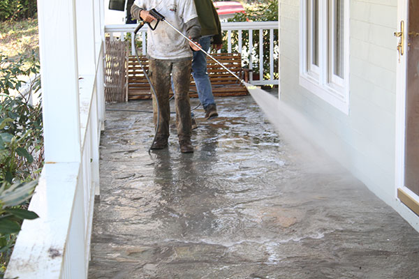 cleaning-home-and-walkway