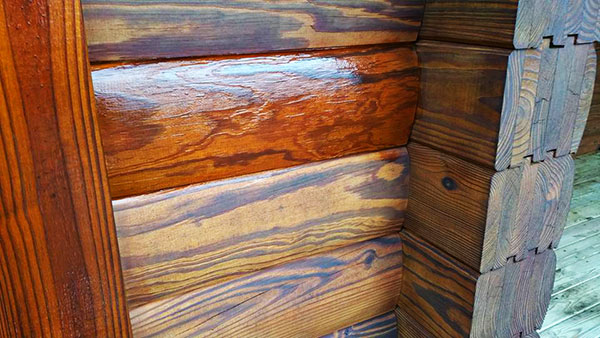 log-cabin-staining