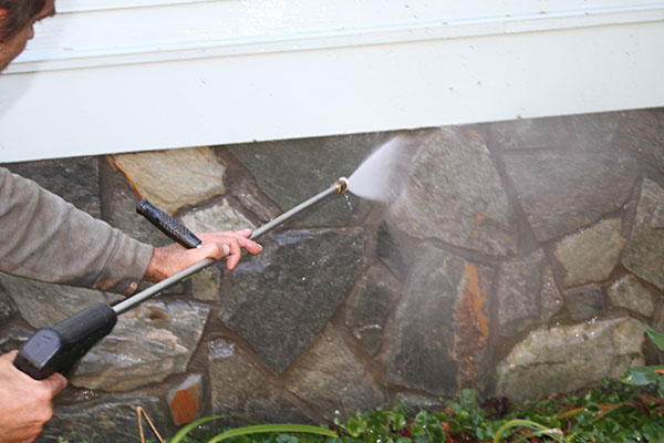 stone-cleaning